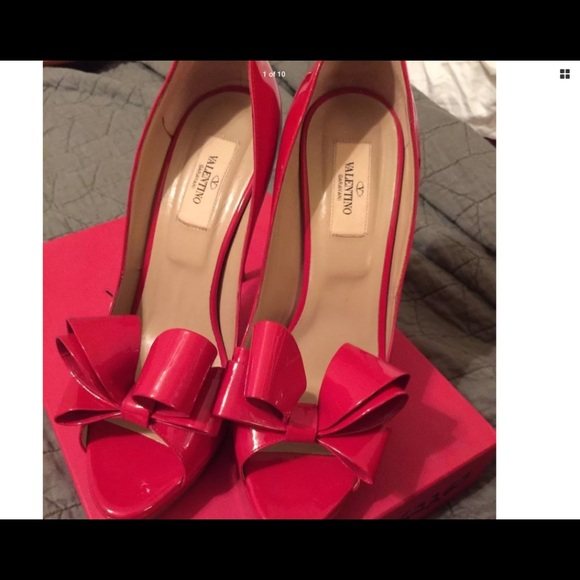 13b25c55bc396 Authentic Valentino couture bow d'Orsay red. M_5a4f023072ea88ffd0011ce1